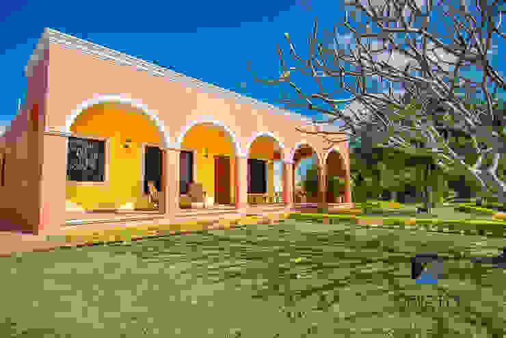 """Proyecto """"Quinta Hunucmá"""" Casas coloniales de PORTO Arquitectura + Diseño de Interiores Colonial"""