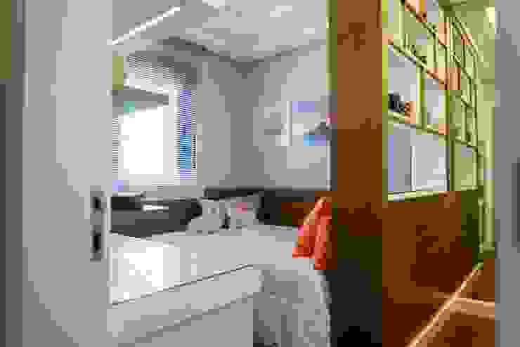 Dormitório Home Office Quartos ecléticos por AIRE Arquitetura Interiores e Retail Eclético MDF