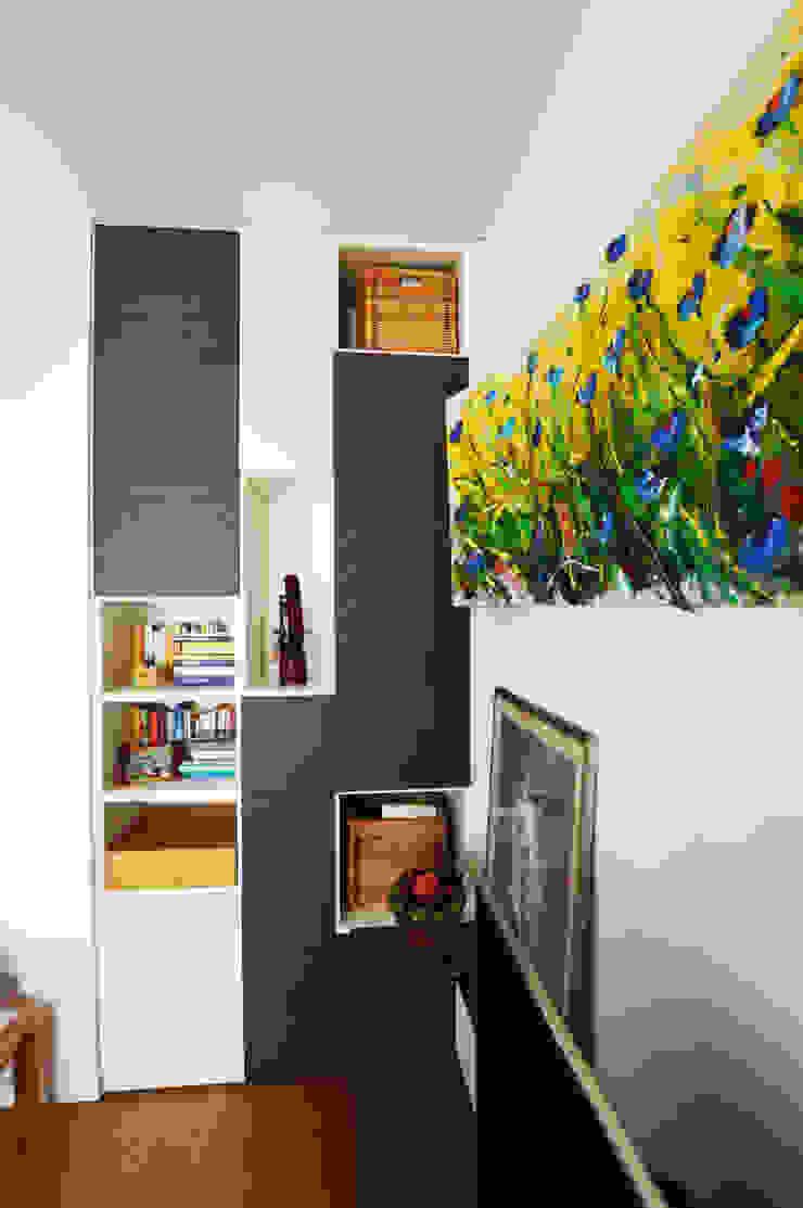 SLP arch Modern Living Room