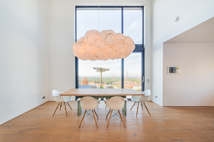 Dining room by Helwig Haus und Raum Planungs GmbH