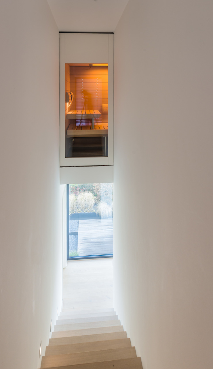 Helwig Haus und Raum Planungs GmbH Minimalist corridor, hallway & stairs