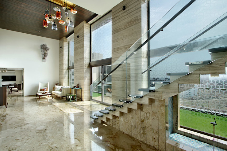 Nikhil patel residence Dipen Gada & Associates Modern corridor, hallway & stairs