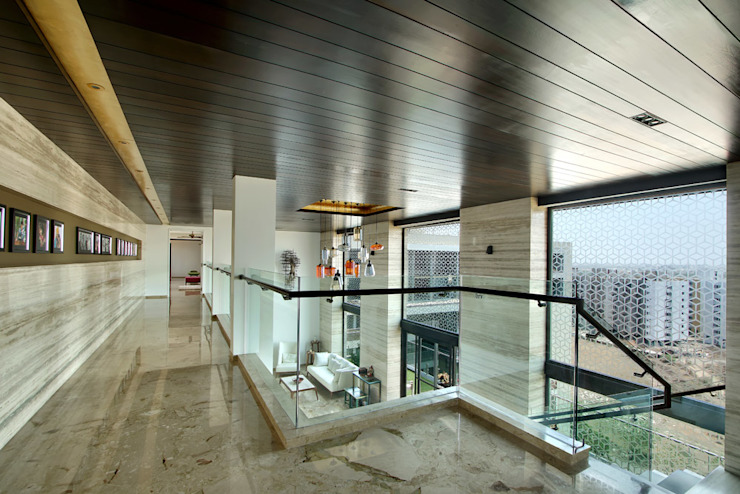 Nikhil patel residence Modern corridor, hallway & stairs by Dipen Gada & Associates Modern