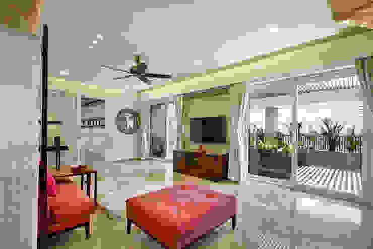 Nikhil patel residence Modern living room by Dipen Gada & Associates Modern