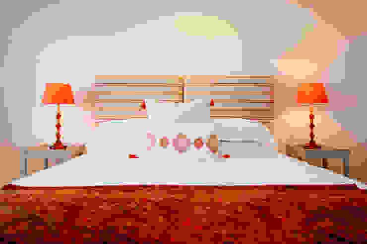 Tregoose, Polzeath Modern style bedroom by The Bazeley Partnership Modern