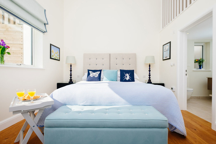 Tregoose, Polzeath Modern style bedroom by The Bazeley Partnership Modern