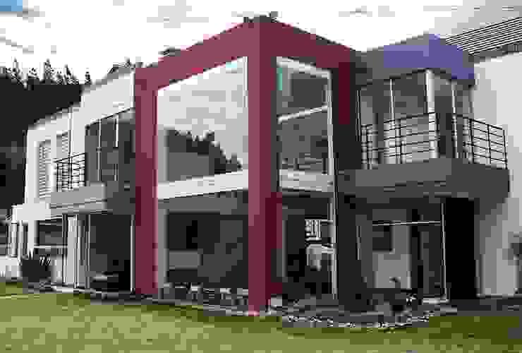Fachada zona social Casas modernas de AV arquitectos Moderno Concreto