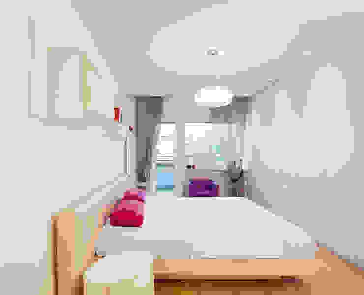 Trastevere House Arabella Rocca Architettura e Design Camera da letto minimalista