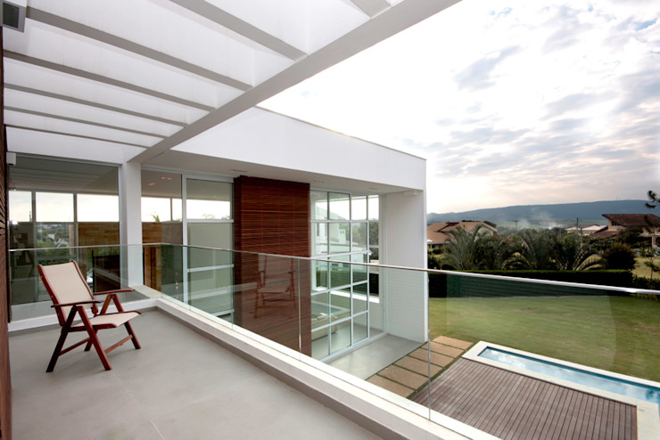 Residencia PG Varandas, alpendres e terraços modernos por F:POLES ARQUITETOS ASSOCIADOS Moderno