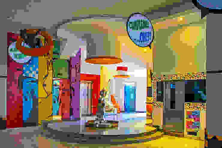Hotel Oriente OH! Salones modernos de DIN Interiorismo Moderno