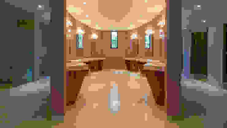 Hotel Tabachines Baños modernos de DIN Interiorismo Moderno
