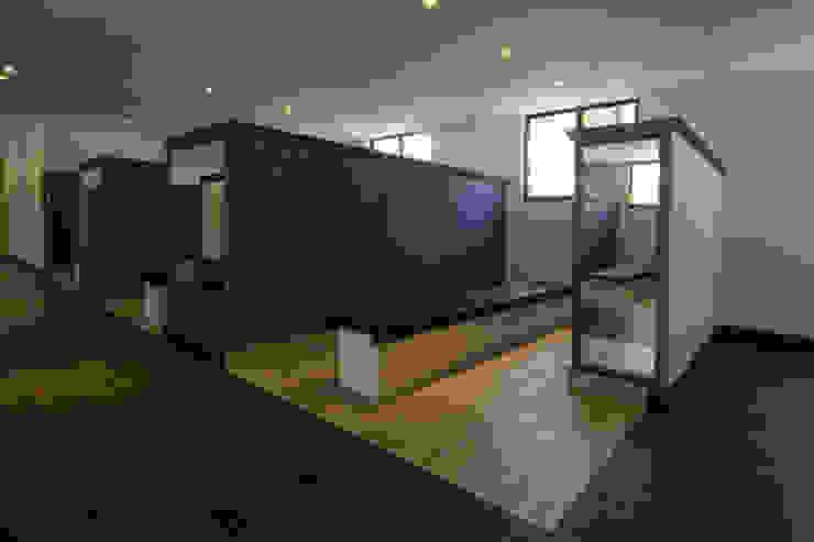 Hotel Tabachines Dormitorios modernos de DIN Interiorismo Moderno