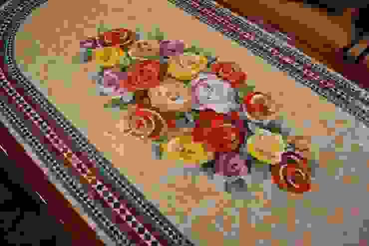 Stół mozaikowy. od Mosaico Arte e Mestieri - Pracownia mozaiki artystycznej Śródziemnomorski Szkło