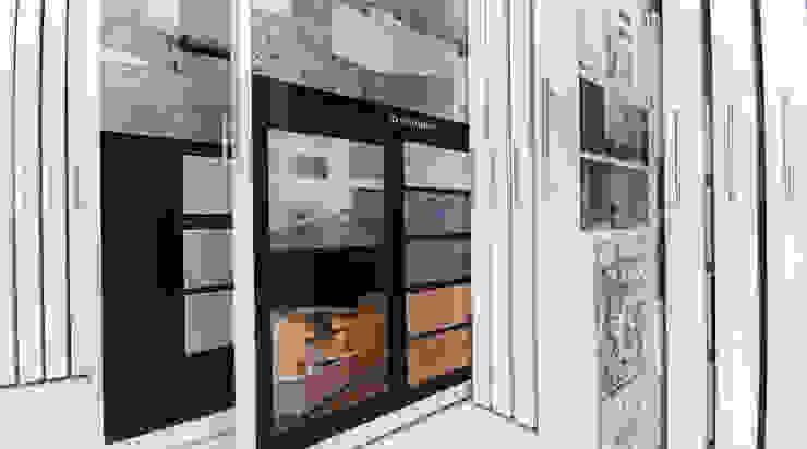 Nueva Tienda y Showroom de cerámica en Madrid Espacios comerciales de estilo ecléctico de Apersonal Ecléctico
