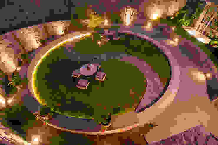 NIKOLAS BRICEÑO arquitecto Modern garden