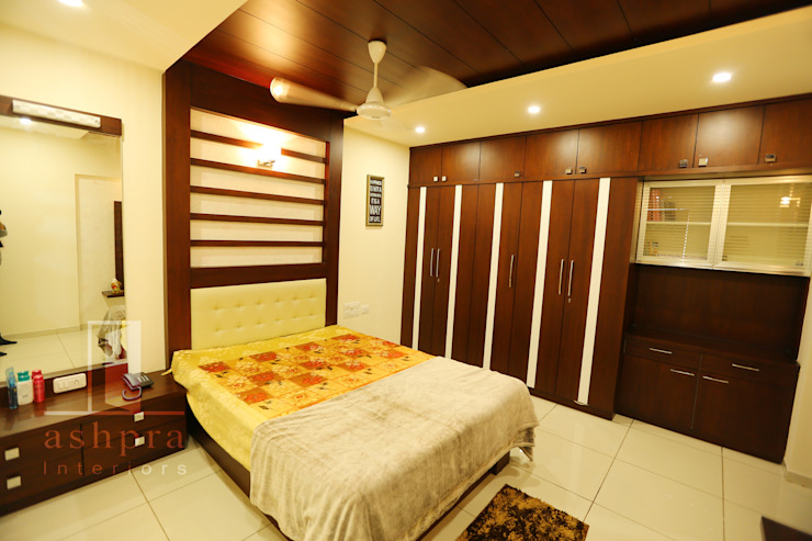 Bedroom 1a: asian  by Ashpra interiors,Asian Wood Wood effect