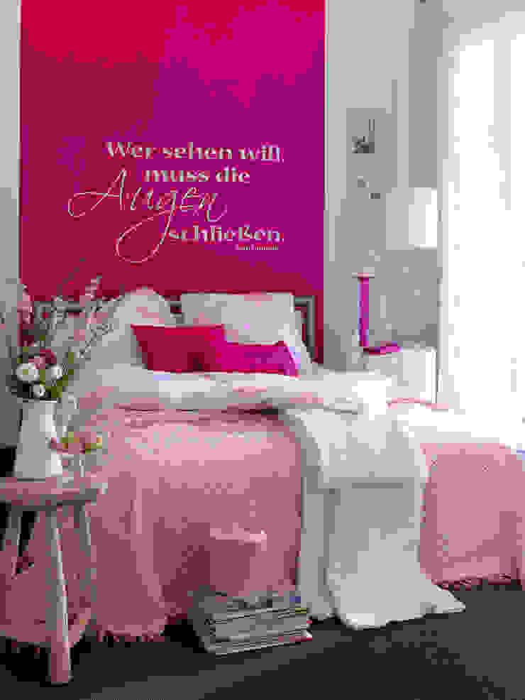 SCHÖNER WOHNEN-FARBE Dormitorios modernos
