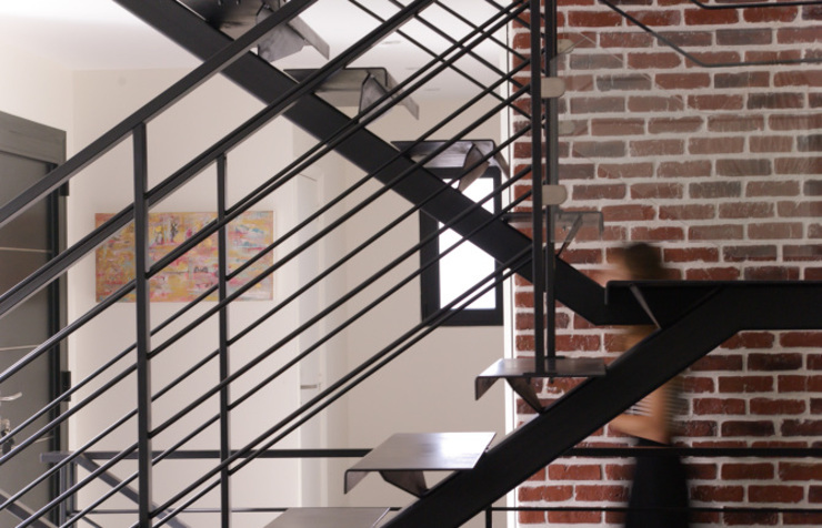 Daniel architectes Minimalist corridor, hallway & stairs