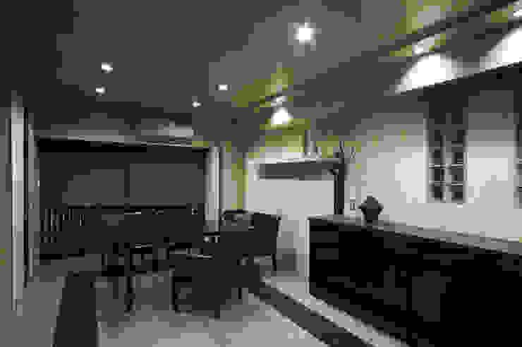 MACHIKO KOJIMA PRODUCE Modern dining room