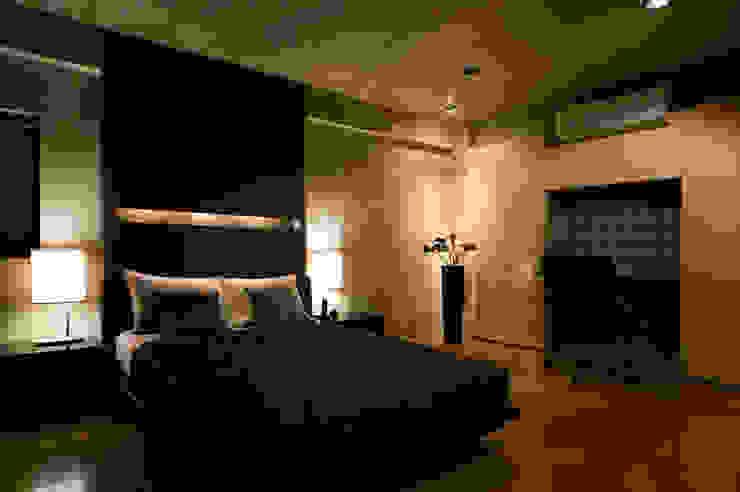 MACHIKO KOJIMA PRODUCE Modern style bedroom