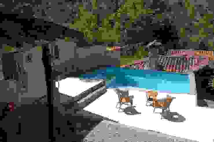 Balcone, Veranda & Terrazza in stile mediterraneo di Loft estudio C.A. Mediterraneo