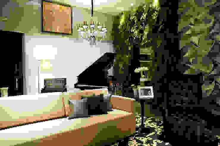 Casa Cor 2013 Salas de estar modernas por Meire Lemes Designer de Interiores Moderno