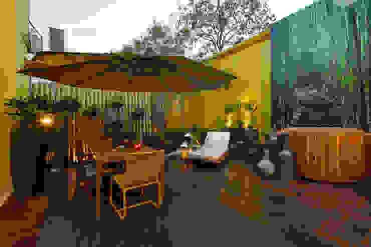 Terrasse de style  par Meire Lemes Designer de Interiores, Moderne