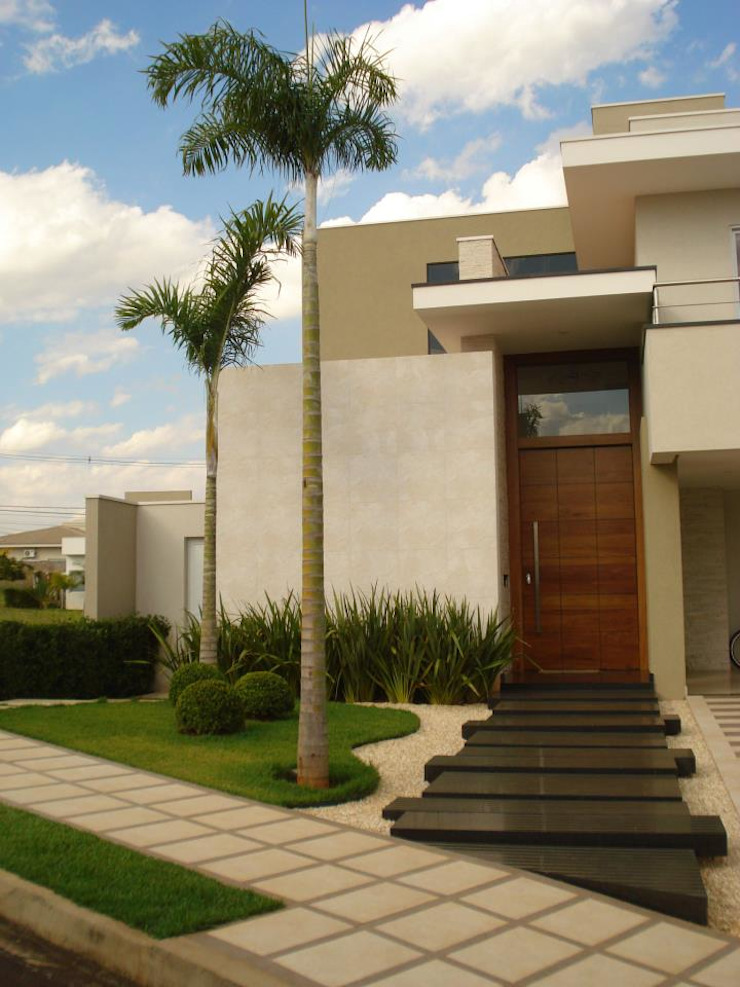 Projeto Casas modernas por feltrini Moderno