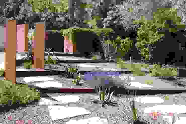 Une allée originale Jardin méditerranéen par Jean-Jacques Derboux Méditerranéen