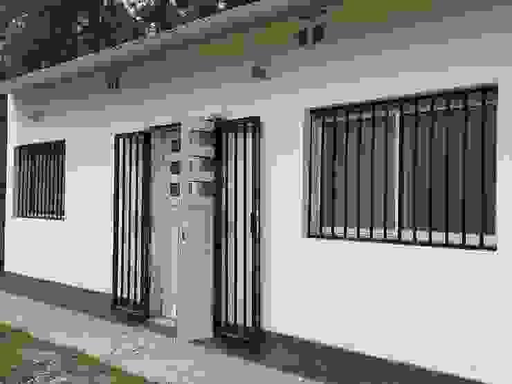 Modern Houses by Tucuman Aluminio Modern
