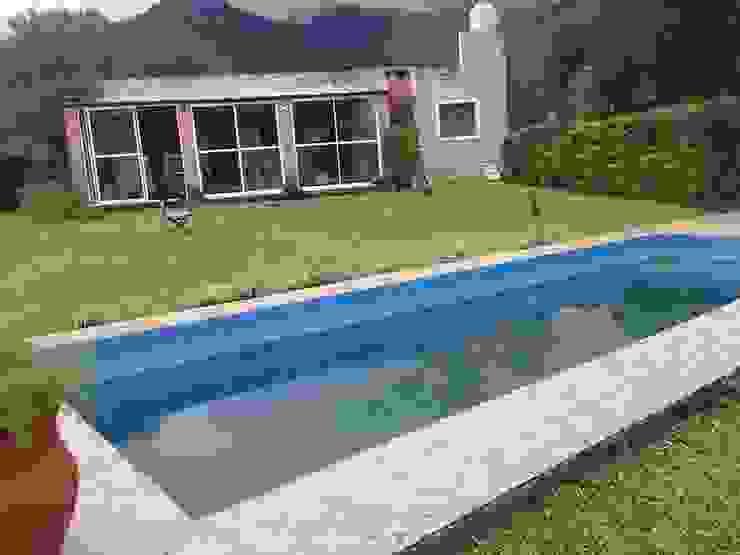 Modern Garden by Tucuman Aluminio Modern