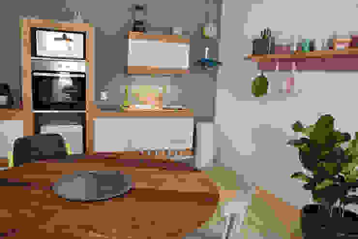 Cocinas de estilo moderno de Germán Velasco Arquitectos Moderno