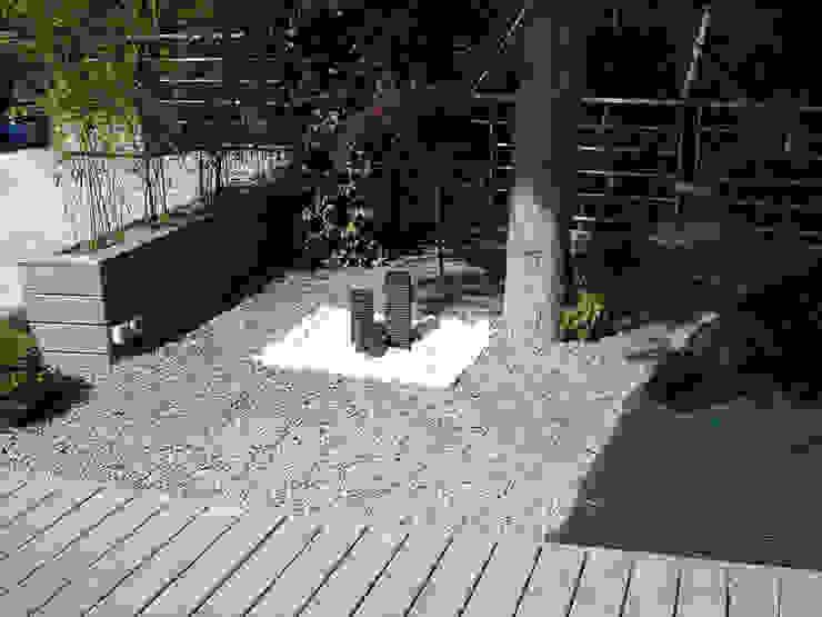 Jardines de estilo moderno de Vert-parc Moderno