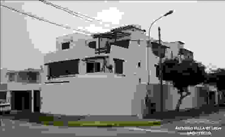 Casas de estilo colonial de Antonio Milla De León Arquitecto Colonial
