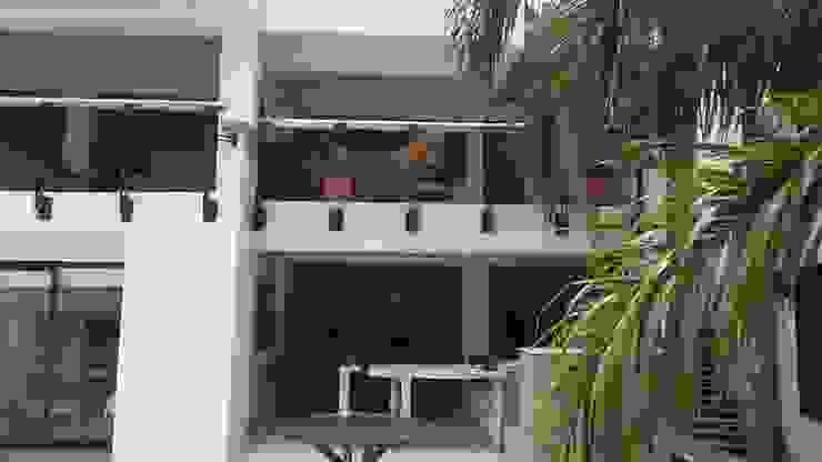 LFC Arquitectos Modern living room