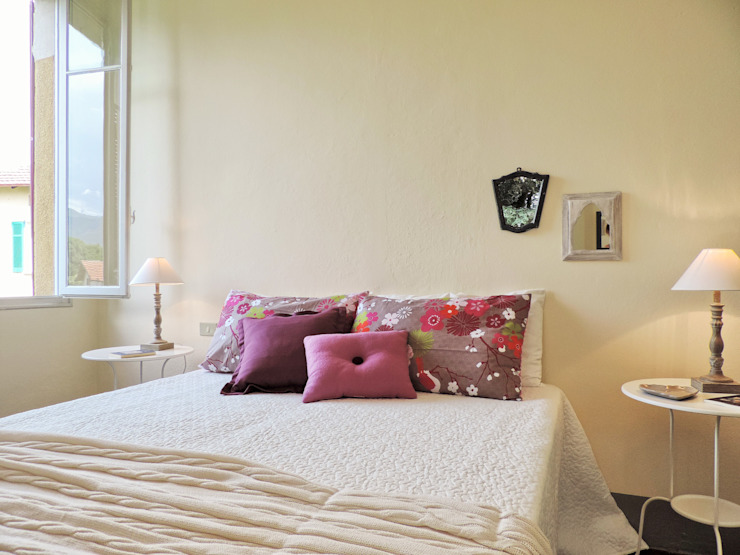 Classic style bedroom by Boite Maison Classic