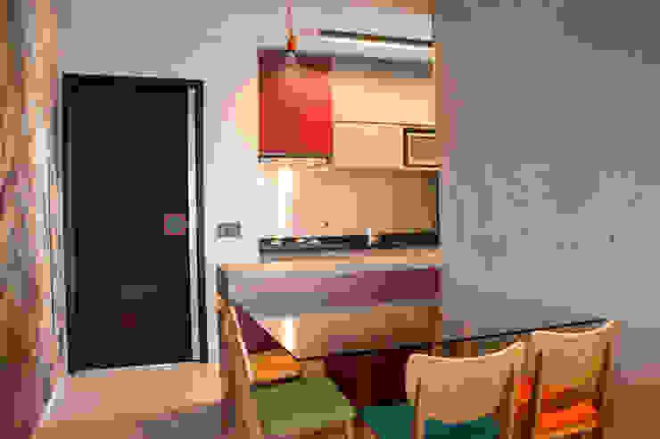 Cozinha Integrada Cozinhas modernas por MONICA SPADA DURANTE ARQUITETURA Moderno