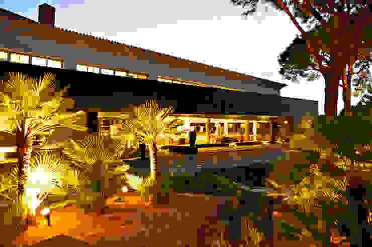 sala:  industrial por Pureza Magalhães, Arquitectura e Design de Interiores,Industrial