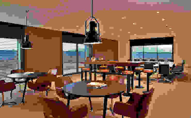 Pool Bar Centros de Congressos industriais por Pureza Magalhães, Arquitectura e Design de Interiores Industrial