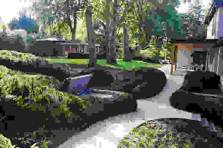 Modern style gardens by Designa Interieur & Architectuur BNA Modern