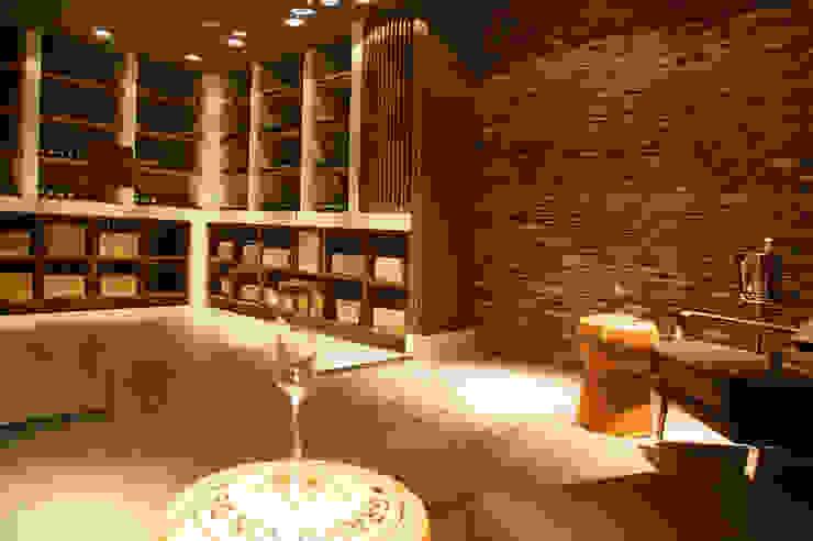 Moderne Weinkeller von Designa Interieur & Architectuur BNA Modern