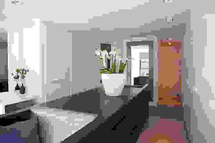Moderne Ankleidezimmer von Designa Interieur & Architectuur BNA Modern