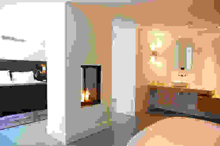 Villa in 't Gooi:  Badkamer door Designa Interieur & Architectuur BNA,