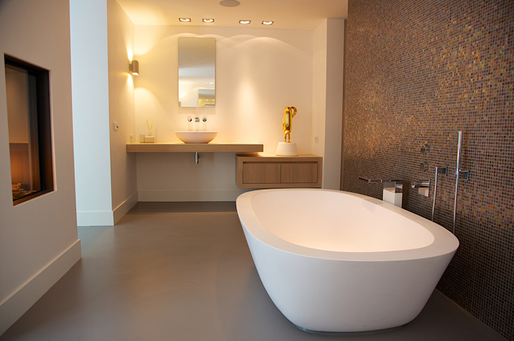 Modern bathroom by Designa Interieur & Architectuur BNA Modern