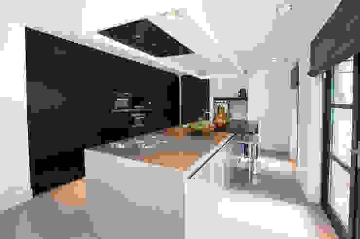 Moderne Küchen von Designa Interieur & Architectuur BNA Modern