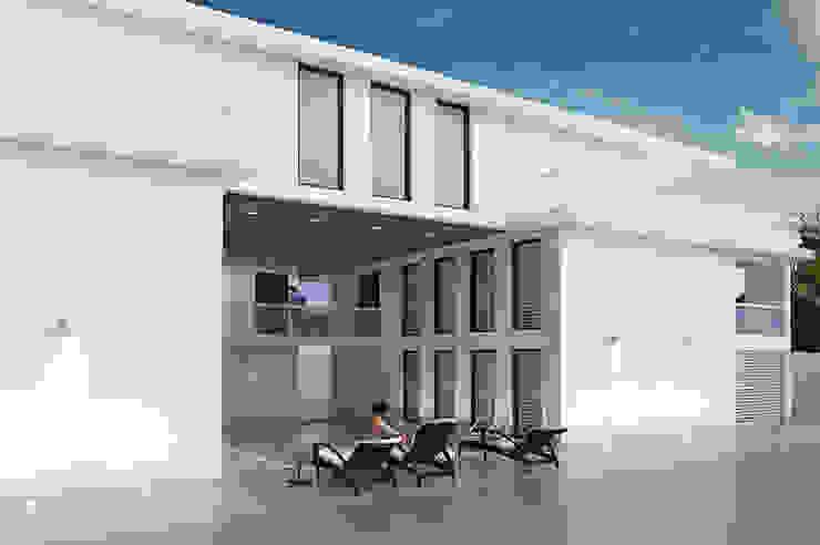 Villa Paramaribo Moderne zwembaden van Designa Interieur & Architectuur BNA Modern