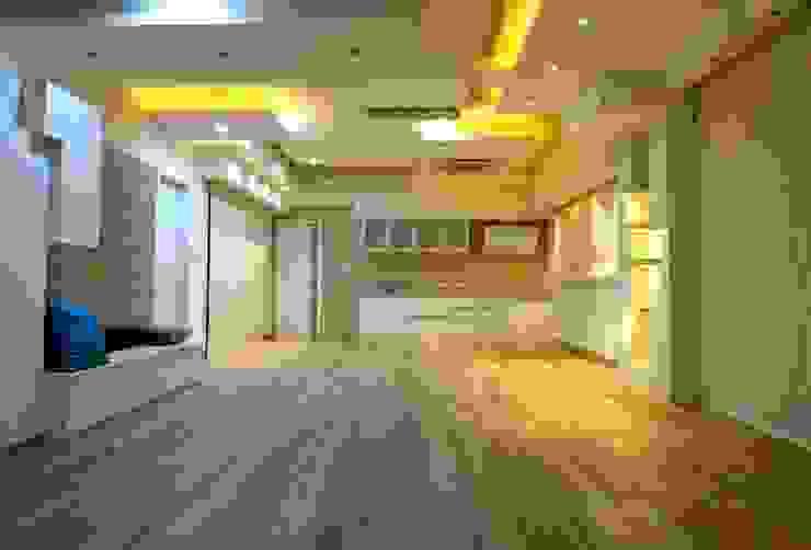 Offcentered Architects Minimalistische Küchen