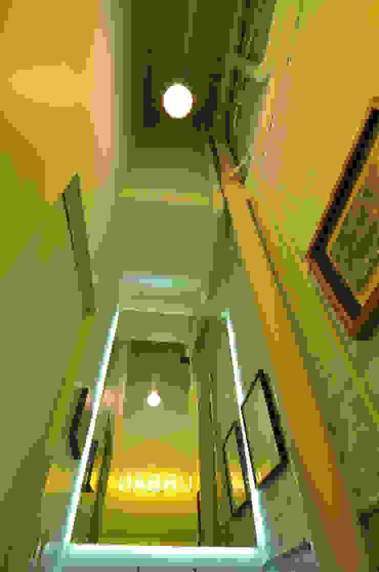 Bagno moderno di Matealbino arquitectura Moderno