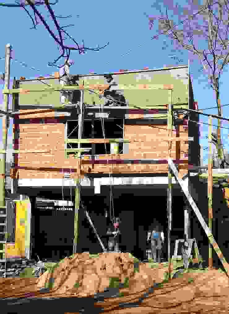 CASA WM Casas modernas: Ideas, imágenes y decoración de GM Arquitectura&Construcción Moderno