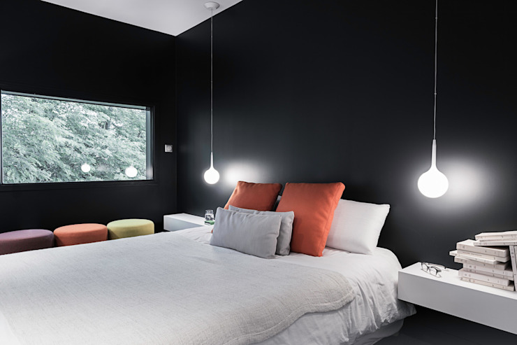 Modern style bedroom by decodheure Modern